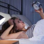 If you do not sleep at night, then include these 5 things in the diet, then you will be able to sleep comfortably